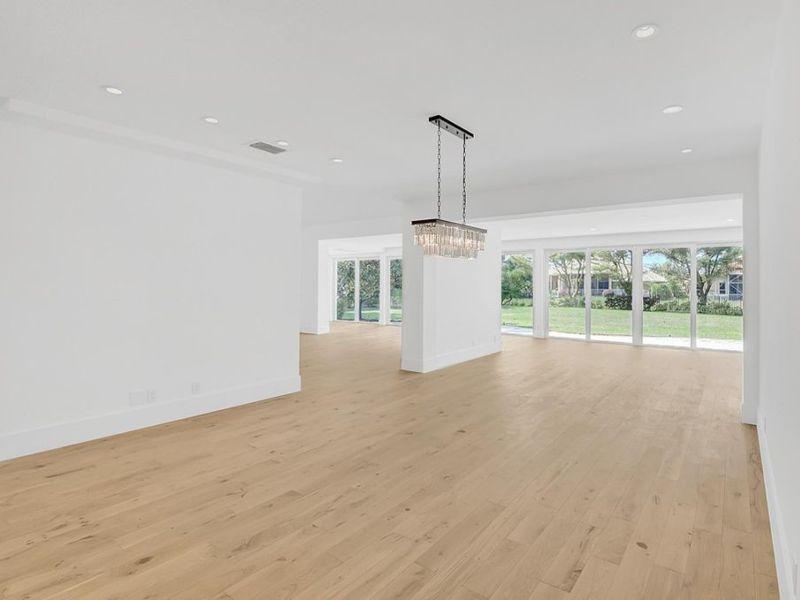 Hardwood flooring Pearl