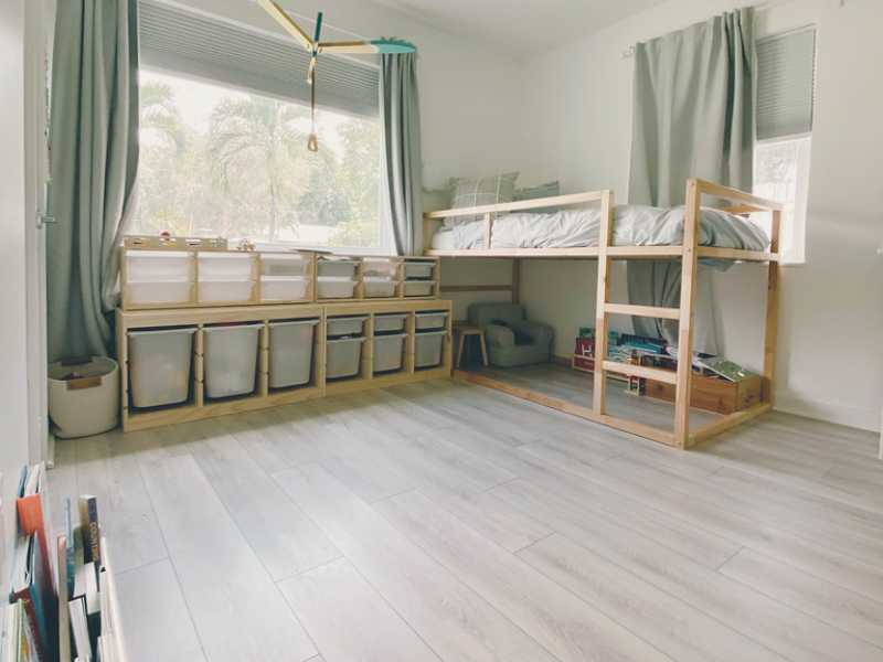 PVC flooring Roman white