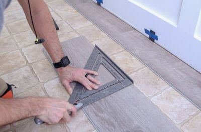 How to cut vinyl flooring